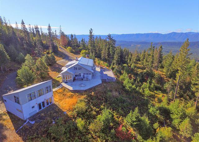 Lookout Lodge - Looking for panoramic views and privacy? 4BR+Loft | Hot Tub | Fall Specials - Ronald - rentals
