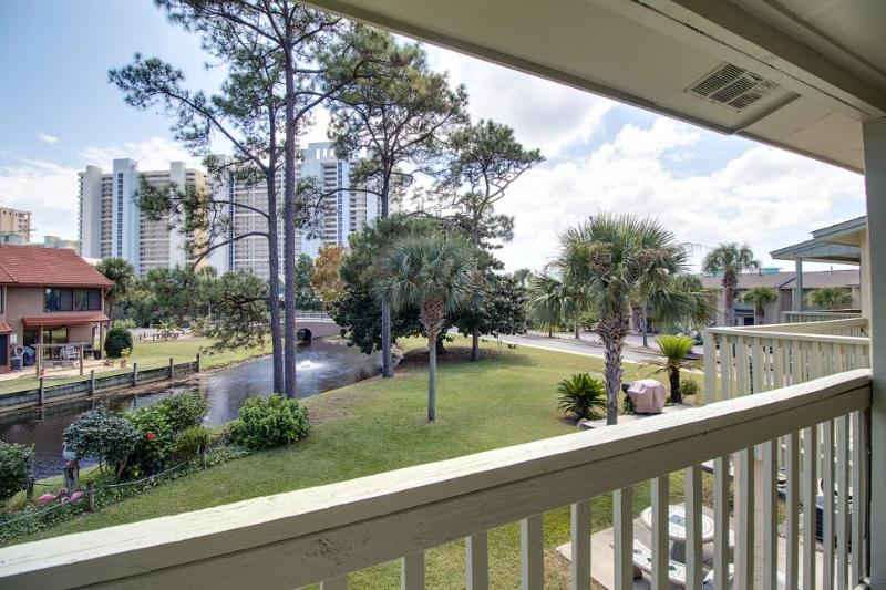 Dog-friendly, poolside townhouse w/private beach access! - Image 1 - Panama City Beach - rentals