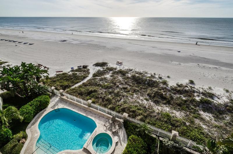 Luxury Beachfront Palazzo - Gulf-Front - Pool - Image 1 - Indian Rocks Beach - rentals
