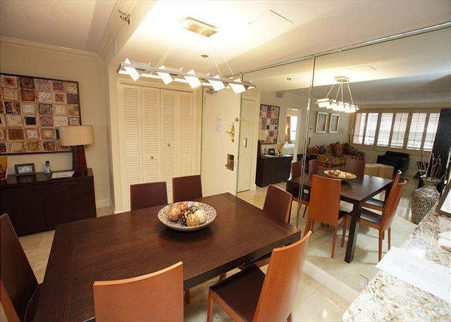 Dining Area - Miami Beach 1208 Luxury Apartment Oceanfront Resort - Miami Beach - rentals