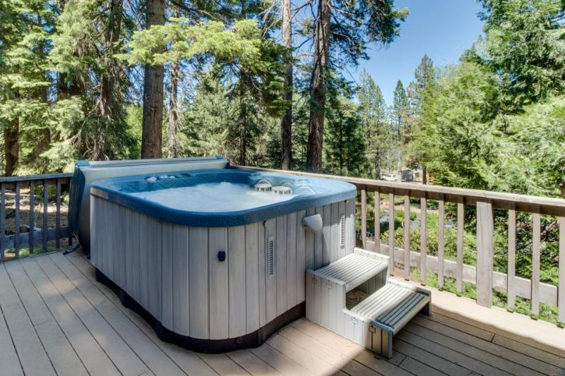 Private hot tub, great location, fireplace, and room for 8! - Image 1 - Tahoe City - rentals