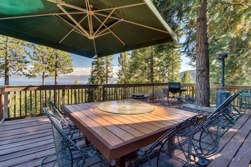 Panoramic lake views, hot tub, game room, beach - dogs welcome! - Image 1 - Tahoe City - rentals