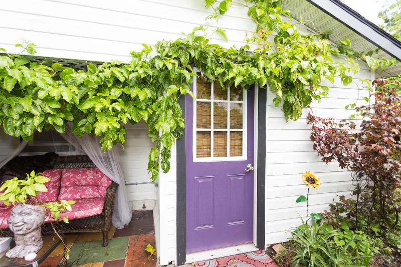 Entrance - The Hideout:Charming Studio Apartment - Clearwater - rentals