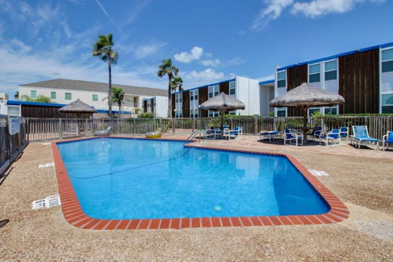 Cozy condo for 8 - beachfront, ocean views, shared pool! - Image 1 - South Padre Island - rentals