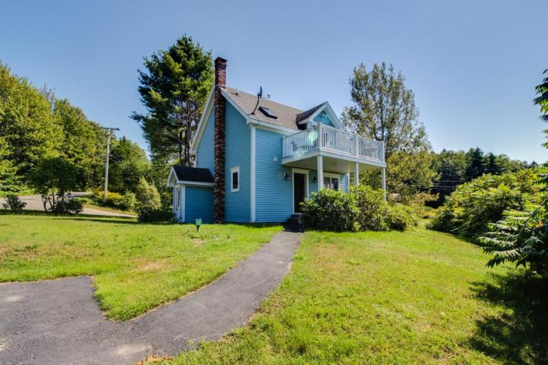Peaceful, cute oceanview retreat near dining & golf - perfect for couples! - Image 1 - Phippsburg - rentals