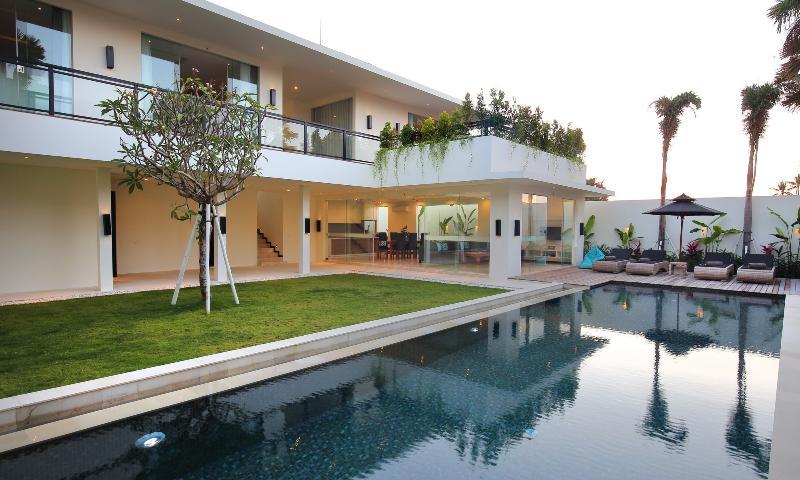Aquila, Ultra Modern Luxury 3 Bed Villa, Seminyak - Image 1 - Seminyak - rentals