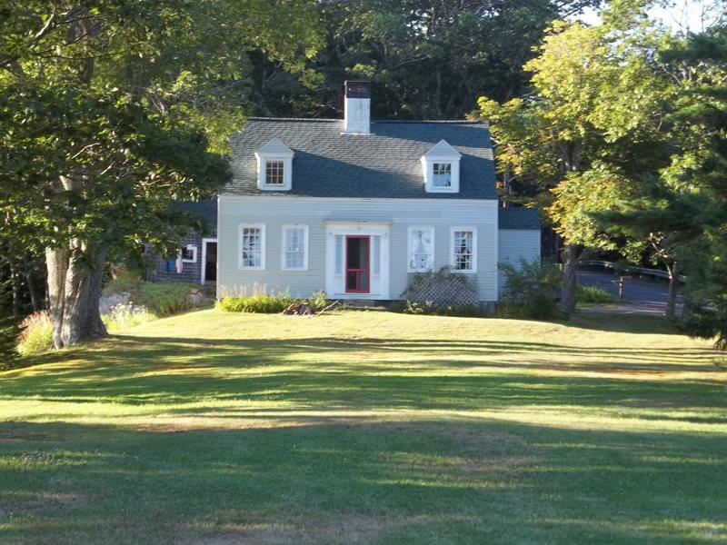 CAPTAIN KENTS HOUSE | SUMMER COTTAGE | 1832 FARMHOUSE | WATERS EDGE | BOAT HOUSE | PRIVATE DOCK & FLOAT | SECLUDED COVE | SAWYER`s ISLAND | FAMILY VACATION | BOOTHBAY | MIDCOAST MAINE - Image 1 - Boothbay - rentals