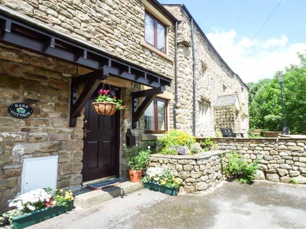 BARN COTTAGE, pet-friendly terraced cottage, woodburner, close to walks, Ireby, Ingleton Ref 913628 - Image 1 - Ingleton - rentals