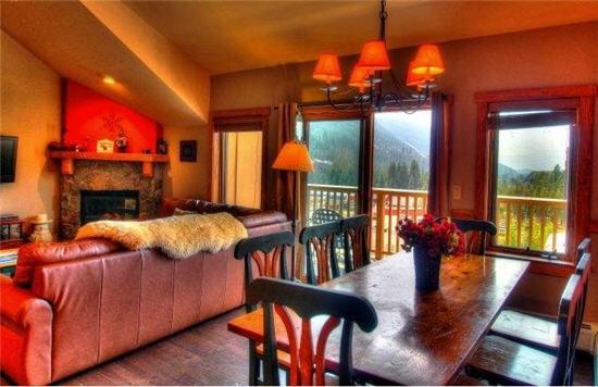 Idyllic 3 BR/3 BA House in Keystone (2317 Red Hawk Lodge 3 bd, 3 bth. Steps to Gondola. 10% off.) - Image 1 - Keystone - rentals