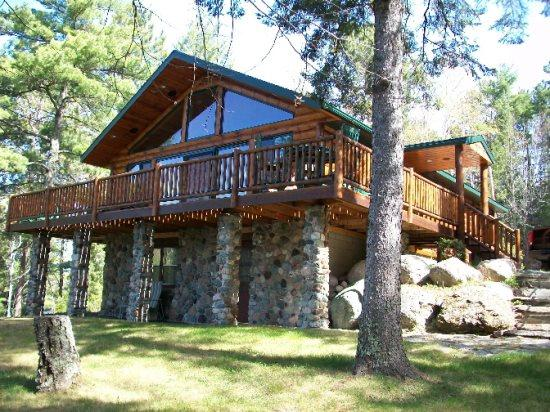 Silver Shores: Spectacular views along with great fishing - Image 1 - Winton - rentals