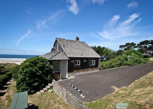 BEACH HOUSE ~ Spectacular views of the beach and Neahkahnie Mountain! - Image 1 - Nehalem - rentals