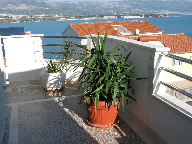A2(6+2): terrace view - 03412TROG  A2(6+2) - Mastrinka - Mastrinka - rentals