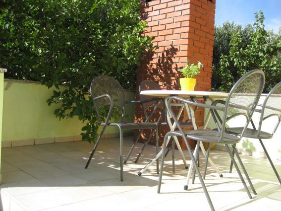 A3(2+2): terrace - 5983 A3(2+2) - Bozava - Bozava - rentals