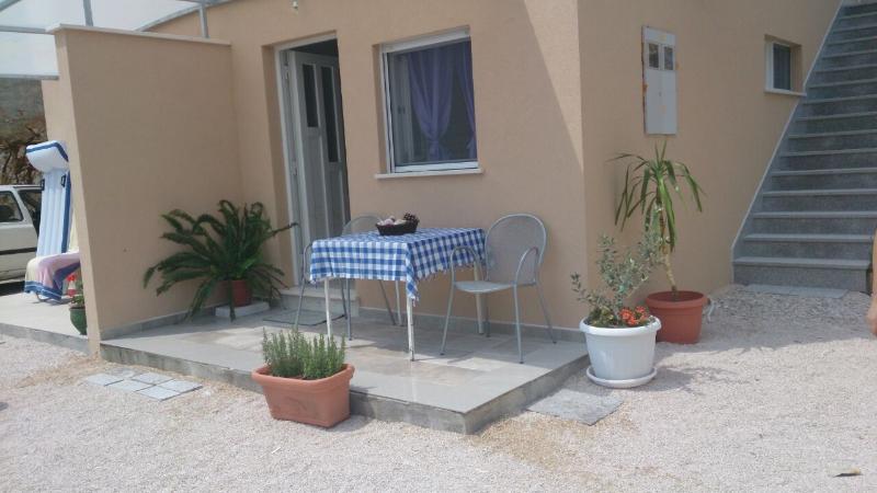 SA2(2+1): terrace - 8342  SA2(2+1) - Okrug Gornji - Okrug Gornji - rentals