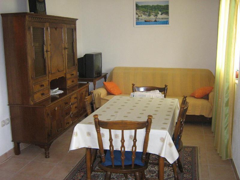 A2(4): living room - 003MAST A2(4) - Mastrinka - Mastrinka - rentals