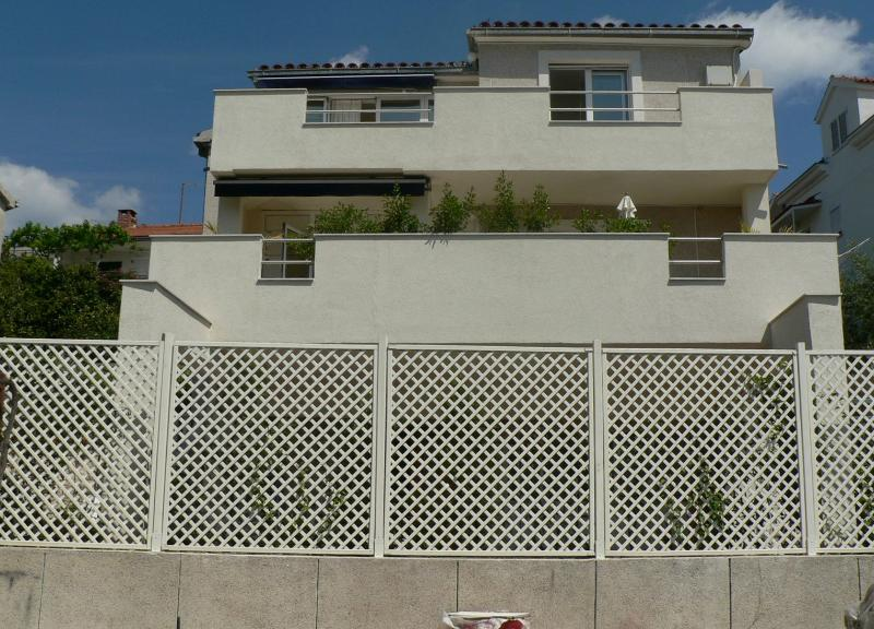 house - 35392  A1(4+1) - Okrug Donji - Okrug Donji - rentals