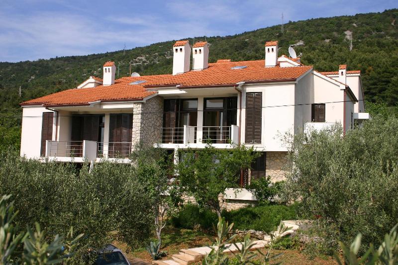 house - 2337  A1(2+2) - Cres - Cres - rentals
