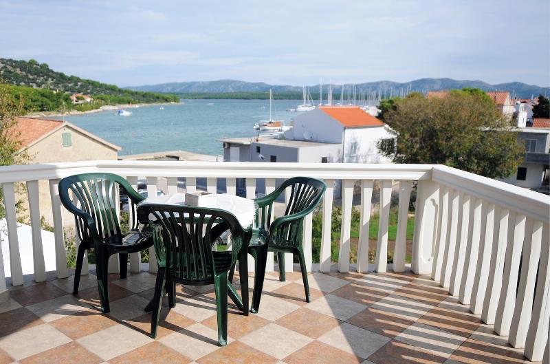 A2(4+2): terrace - 2585 A2(4+2) - Betina - Betina - rentals