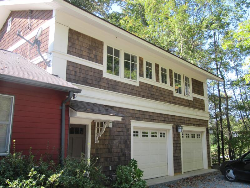 Above garage apartment - Ivy Guest Above Garage Apartment/Cottage style - Charlottesville - rentals