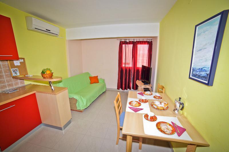 A3(2+2): dining room - 3395 A3(2+2) - Split - Split - rentals