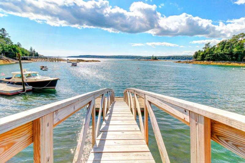 Hidden waterfront retreat w/ private dock and rocky beach - Image 1 - East Boothbay - rentals