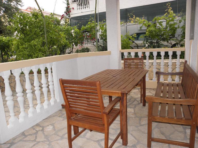 A2-Sime(8): terrace - 4763  A2-Sime(8) - Sveti Filip i Jakov - Sveti Filip i Jakov - rentals