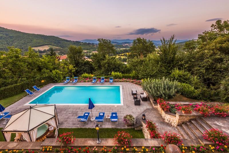 6 bedroom Villa in Monterchi, Arezzo and surroundings, Tuscany, Italy : ref - Image 1 - Lippiano - rentals