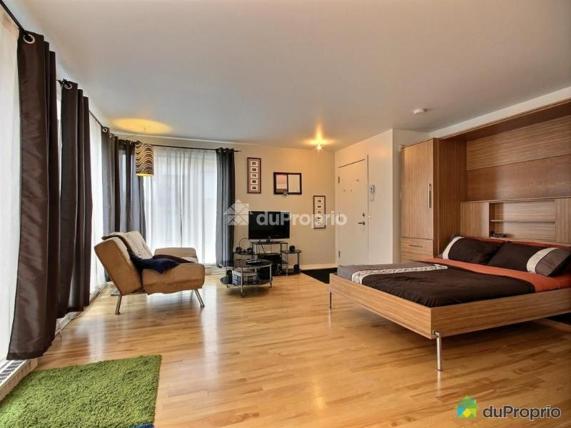 Le Faubourg Contrecoeur - Image 1 - Montreal - rentals