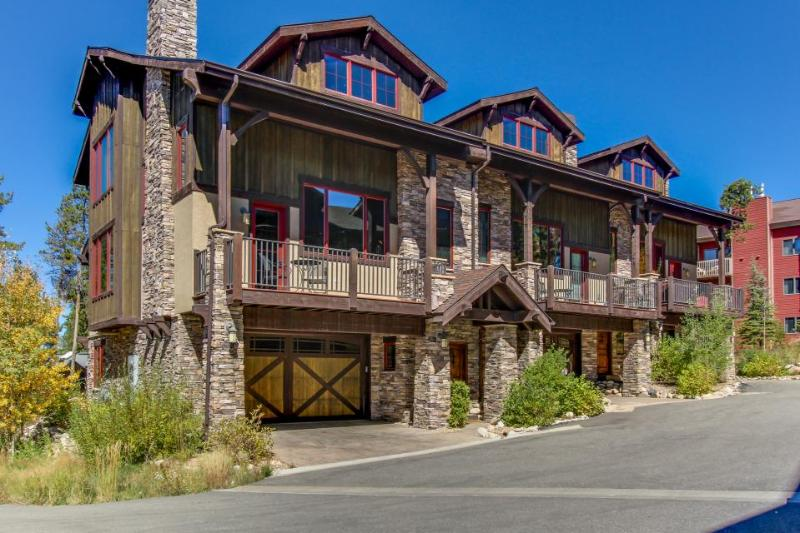 Luxury mountain retreat with four king-size master suites! - Image 1 - Fraser - rentals