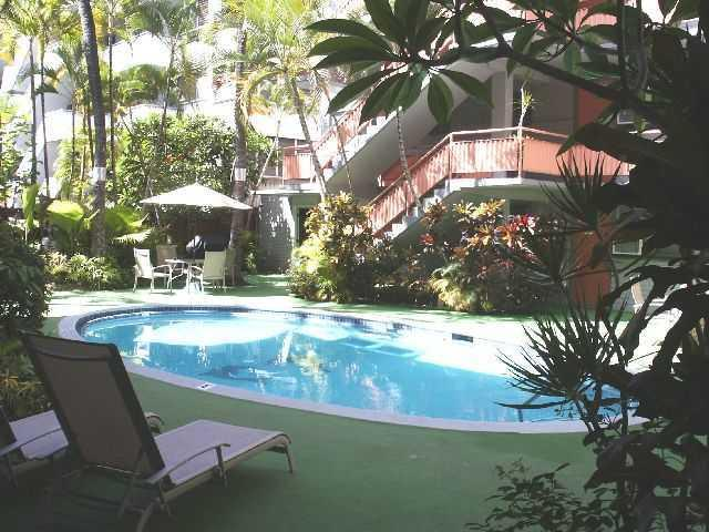 Renovated condo in the Hawaiian Resort - Image 1 - Honolulu - rentals