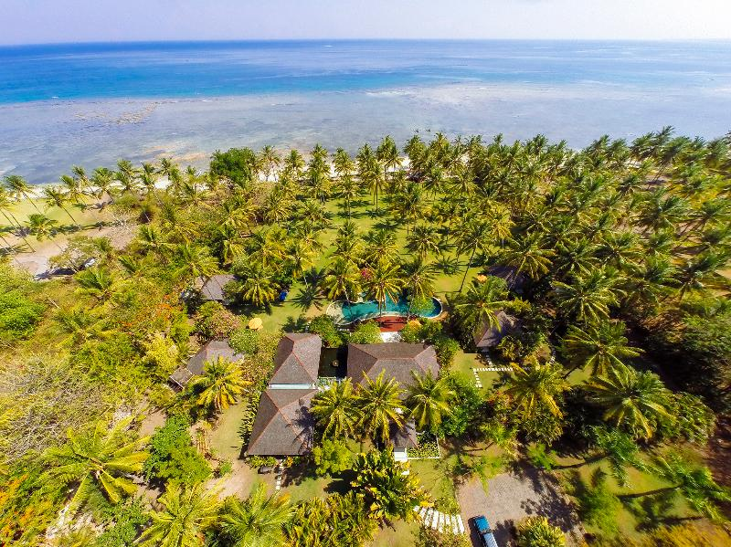 The Anandita - Villa grounds and ocean - The Anandita - an elite haven - Tanjung - rentals