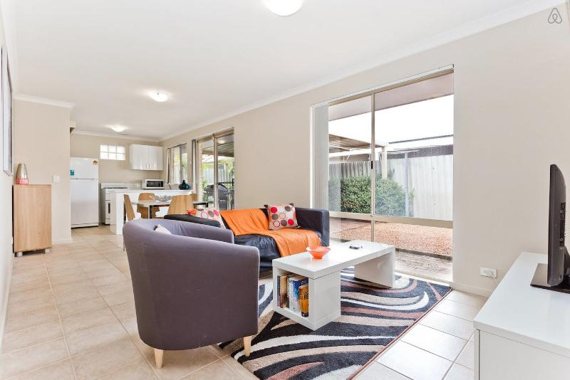 Brentwood Modern Villa - Image 1 - Mount Pleasant - rentals