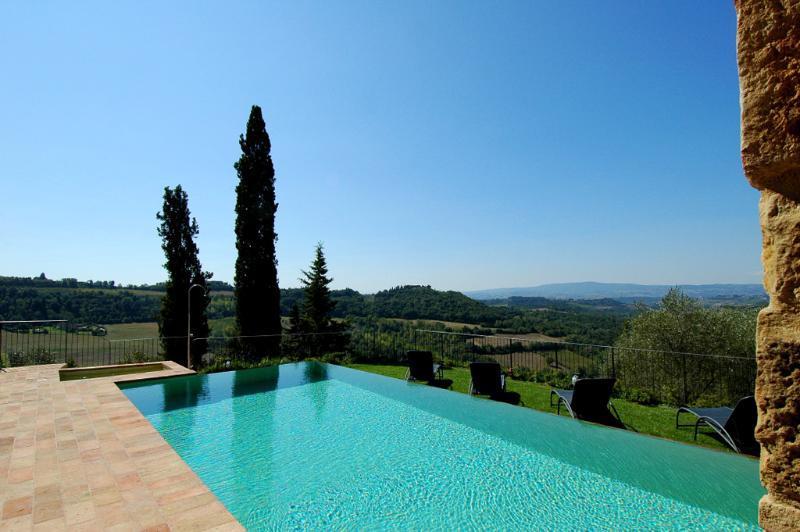 7 bedroom Villa in Barberino Val d Elsa, Chianti, Tuscany, Italy : ref 2294075 - Image 1 - San Donnino - rentals