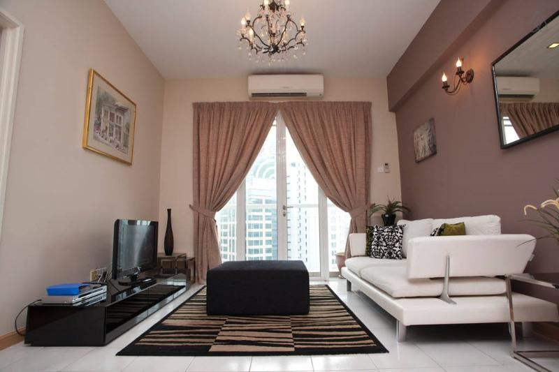 Beautiful apartment in KL city center. Walking distance to many malls and restaurants/ bars & cafes. - K Lumpur City Centre Serviced Apartment (Somerset) - Kuala Lumpur - rentals
