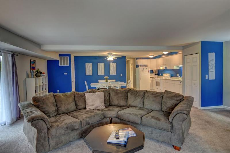 Family Room - Blue Heaven 106534 - Mineral - rentals