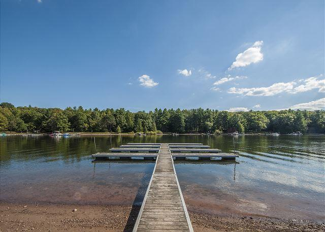 Community Dock - Exquisite 5 Bedroom Luxury Log home with private indoor swimming pool! - Swanton - rentals