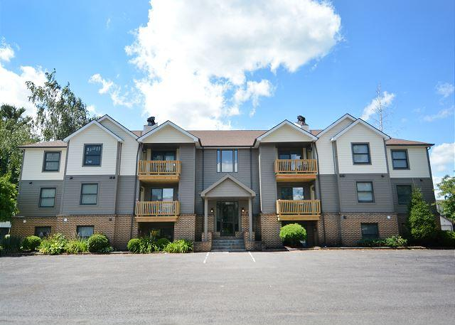 Exterior - Lovely 2 Bedroom Condo in the Heart of Deep Creek Lake! - McHenry - rentals