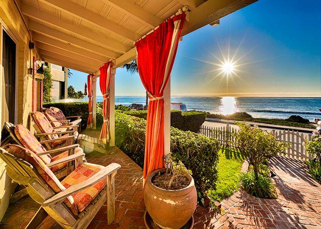 Take in the beautiful Pacific Ocean and San Diego sun while sitting on the front porch. - 15% OFF APR -Oceanfront luxury beach cottage -world class views & private spa - La Jolla - rentals