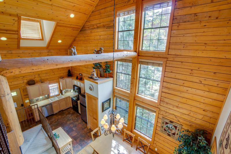 Rustic open floor plan.   A real log cabin! - Rustic Cabin in the heart of Branson - Branson - rentals