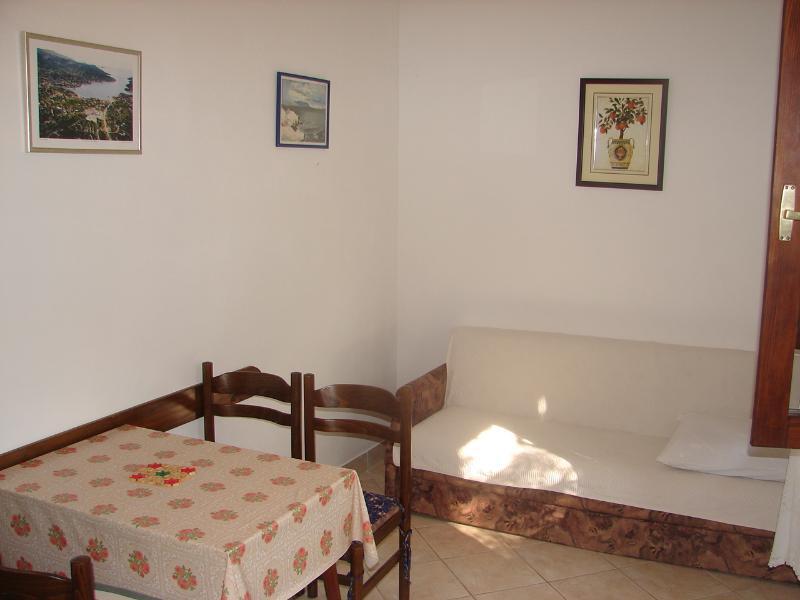 A2(2+1): dining room - 001VINI  A2(2+1) - Vinisce - Vinisce - rentals