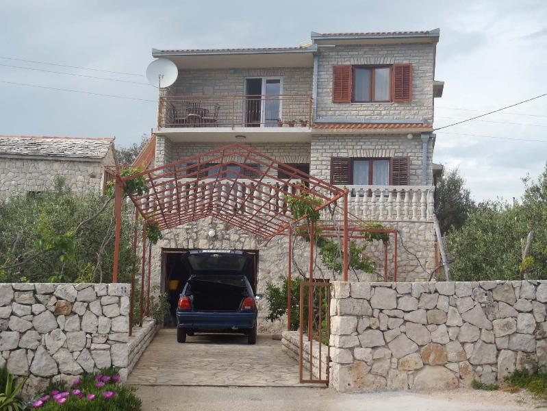 house - 35635  A1-prizemlje (4+2) - Vinisce - Vinisce - rentals