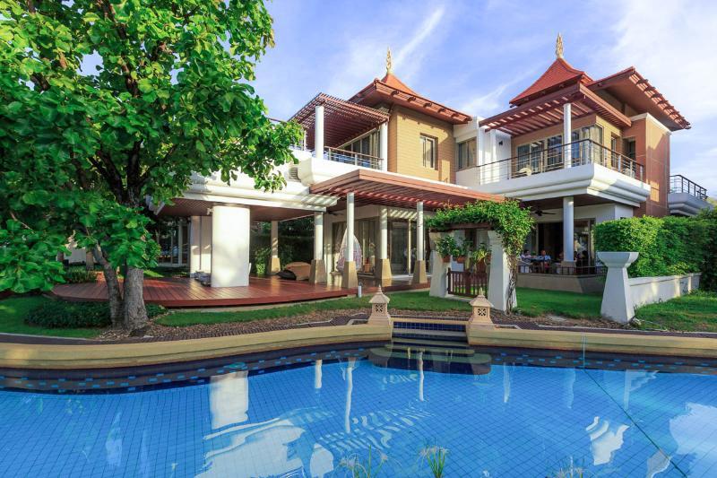 Main Villa - 5 Bedroom Luxury Beachfront Villa - Hua Hin - rentals