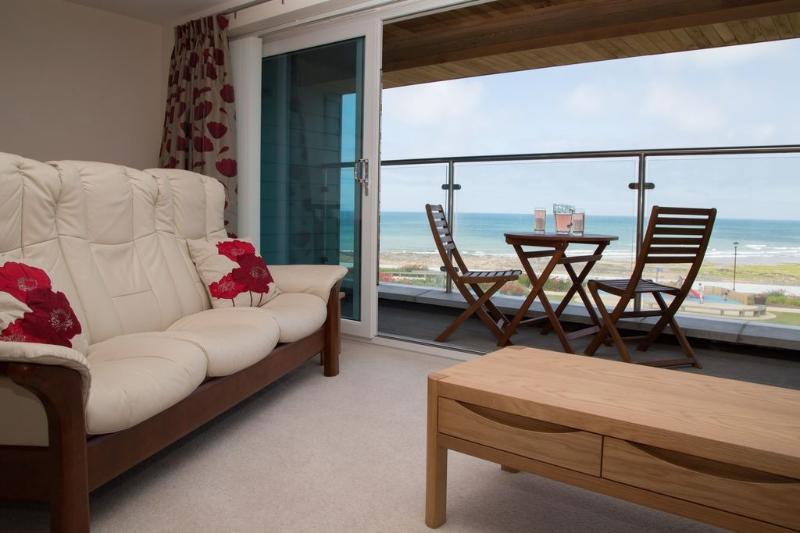 Apartment 5 Latitude 51 located in Westward Ho!, Devon - Image 1 - Westward Ho - rentals