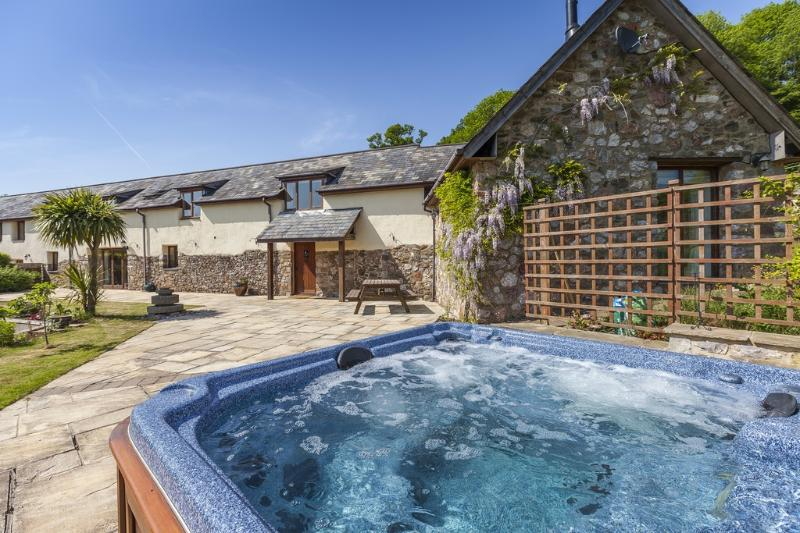 Bridleway located in Newton Abbot, Devon - Image 1 - Teignmouth - rentals