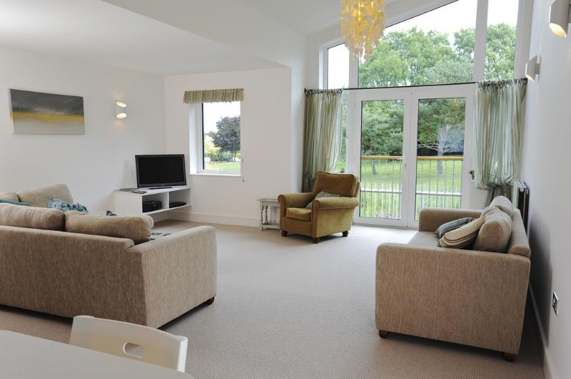 Nothe View located in Weymouth, Dorset - Image 1 - Weymouth - rentals