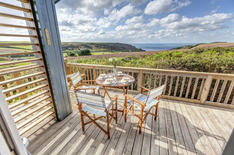 Seaescape, Salcombe Retreat located in Salcombe & South Hams, Devon - Image 1 - Salcombe - rentals