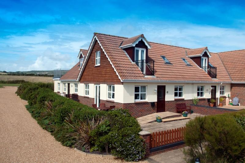 2 Seabreeze Cottages located in Brighstone, Isle Of Wight - Image 1 - Freshwater - rentals