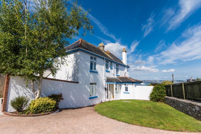 Sunnycroft located in Brixham, Devon - Image 1 - Brixham - rentals