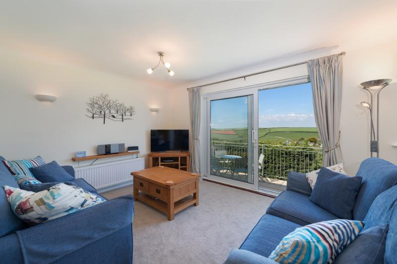 Sun Peaks located in Salcombe & South Hams, Devon - Image 1 - Salcombe - rentals