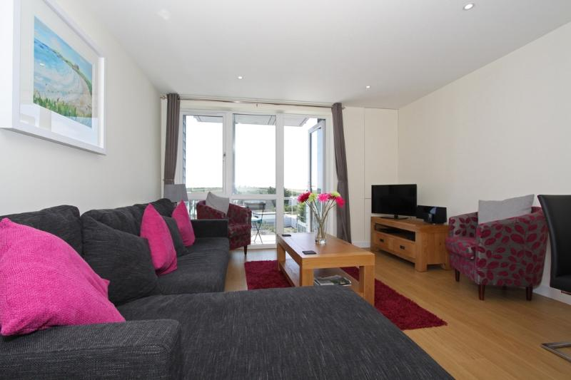 33 Tre Lowen located in Newquay, Cornwall - Image 1 - Newquay - rentals